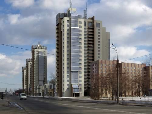 Современный жилой комплекс. Панорама с Харьковской площади